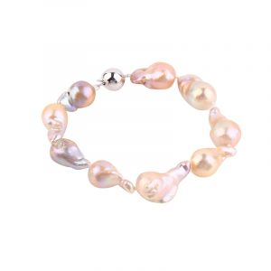 nucleated Freshwater pearls from Inspiring Pearls